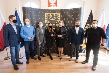 Galeria Otwarcie Biura Paszportowego w Trzebnicy